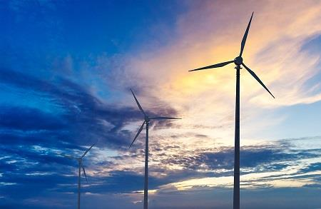 Renewable energy deadlock 'could cripple' industry