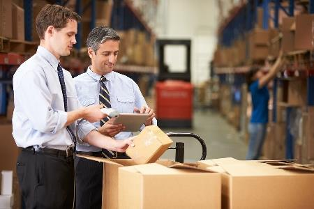 4 Simple Ways to Improve Warehouse Packing Efficiency