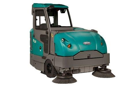 Mid-Sized Ride-On Sweeper | S30
