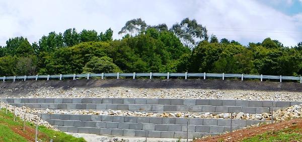 Retaining Wall Blocks   Graviti™