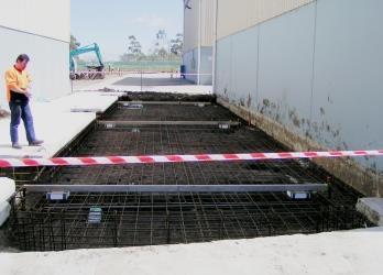Ultrahawke Relocates Heavy Concrete Deck Weighbridge.