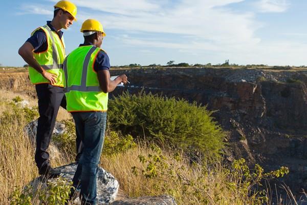 Qld Carmichael mine approvals put thousands of new jobs step closer