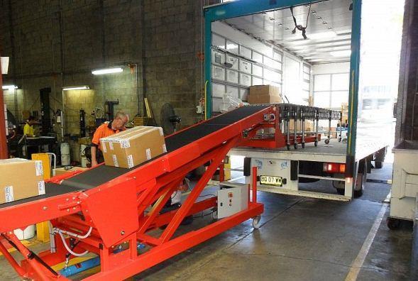 Mobile Belt Booster Conveyors | Adept