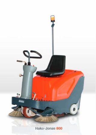 Industrial Ride-On Floor Sweeper   Jonas 800E