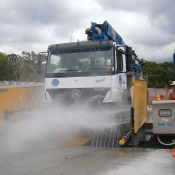 AccuWash Truck Wheel Washer
